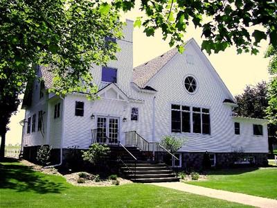 Maison unifamiliale for sales at Maple Manor 2207 Maple Drive Sister Bay, Wisconsin 54234 États-Unis