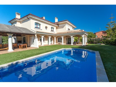 Moradia for sales at Excellent property in an exclusive location   Other Barcelona, Barcelona 08850 Espanha