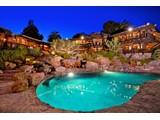 Maison unifamiliale for sales at 3402 Gage Place  San Diego, Californie 92106 États-Unis