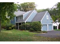 Nhà ở một gia đình for sales at Spacious & Gracious Contemporized Colonial 146 Richards Avenue   Norwalk, Connecticut 06854 Hoa Kỳ