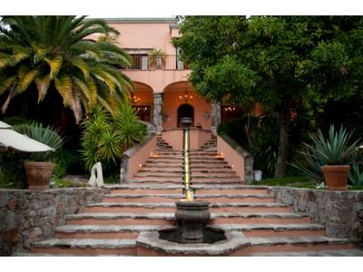 Частный односемейный дом for sales at Casa Chorro  San Miguel De Allende, Guanajuato 37700 Мексика