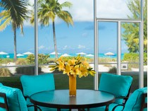 Eigentumswohnung for sales at The Tuscany ~ Suite E102 Beachfront Grace Bay, Providenciales TCI Turks- Und Caicosinseln