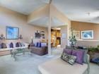 Кооперативная квартира for sales at 7909 Caminito Dia  San Diego, California 92122 United States