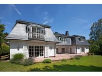 Villa for sales at Very Exclusive Managing Director´s Villa    Bad Homburg, Assia 61348 Germania