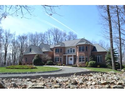 Villa for sales at Stunning Custom Colonial 22 Pruner Farm Road  Tewksbury Township, New Jersey 08833 Stati Uniti