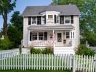 Tek Ailelik Ev for sales at Charming In-Town Antique 52 Hoyt Street New Canaan, Connecticut 06840 Amerika Birleşik Devletleri