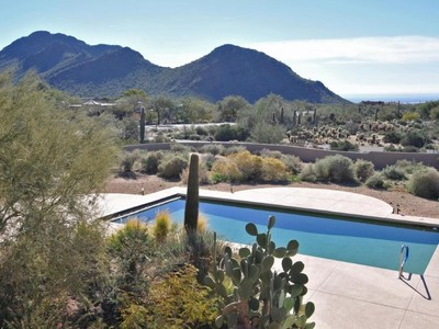 Maison unifamiliale for sales at Custom Home on 2.5 Acre Lot in Pinnacle Peak Heights with Spectacular Views 23222 N Church Road Scottsdale, Arizona 85255 États-Unis