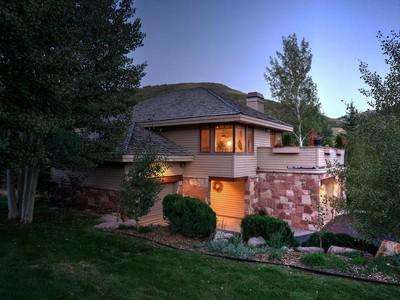 Частный односемейный дом for sales at Great Deer Valley Ski Home 2060 Solamere Dr  Park City, Юта 84060 Соединенные Штаты
