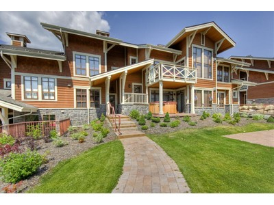 Condomínio for sales at Breathtaking Mountain & Golf Course Views 15-5005 Valley Drive Sun Peaks, Columbia Britanica V0E 5N0 Canadá