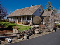 Ferme / Ranch / Plantation for sales at Riggs Road Ranch 13501 SW Riggs Rd   Powell Butte, Oregon 97753 États-Unis