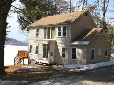 Casa Unifamiliar for sales at Lake Sunapee's Eastern Shore Bungalow 41 Pine Cliff Newbury, Nueva Hampshire 03255 Estados Unidos