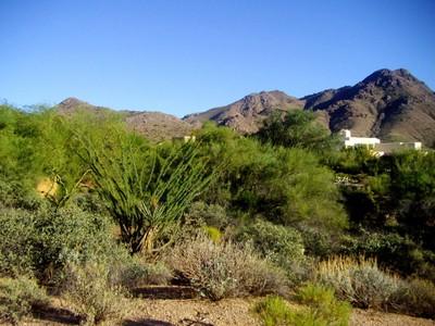 Land for sales at Incredible 360-Degree View Lot in Troon Ridge Estates 11299 E Desert Vista Drive #70 Scottsdale, Arizona 85255 Vereinigte Staaten