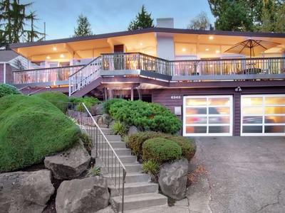 Vivienda unifamiliar for sales at Palm Springs North 6345 Wilson Ave S Seattle, Washington 98118 Estados Unidos