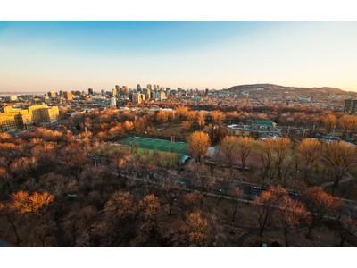Condominium for sales at Le Plateau-Mont-Royal 3535 Av. Papineau, apt. 2802   Montreal, Quebec H2K4J9 Canada