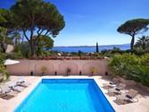 Maison unifamiliale for sales at Luxurious provençal villa with panoramic sea views  Sainte Maxime,  83120 France