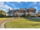 Maison unifamiliale for  sales at Custom Shore Colonial 31 Shrewsbury Dr.   Rumson, New Jersey 07760 États-Unis