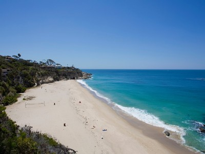 Villa for sales at 32091 Point Place  Laguna Beach, California 92651 Stati Uniti