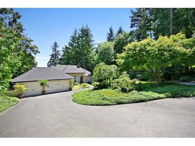 Nhà ở một gia đình for sales at Cassidy Home 535 7th Avenue Fox Island, Washington 98333 Hoa Kỳ