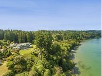 Maison unifamiliale for sales at Whidbey Island Masterpiece xxxx Undisclosed   Langley, Washington 98260 États-Unis