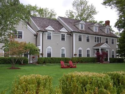 Villa for sales at Custom Center Hall Colonial 15 Teahouse Lane Ridgefield, Connecticut 06877 Stati Uniti