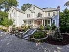 Maison unifamiliale for  sales at Builder's Personal Home with Exceptional Materials 66 Borglum Road   Wilton, Connecticut 06897 États-Unis