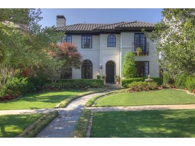 Nhà ở một gia đình for sales at 4817 Harley Ave  Fort Worth, Texas 76107 Hoa Kỳ