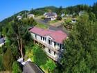 Maison unifamiliale for  sales at Spectaular Views 372 Second St.   Wheeler, Oregon 97147 États-Unis