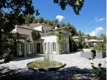 Tek Ailelik Ev for sales at Aix-en-Provence - Saint Marc de Jaumegarde  Aix-En-Provence, Provence-Alpes-Cote D'Azur 13100 Fransa