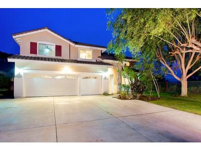 Moradia for sales at Sonata 7703 Corte Violeta San Diego, Califórnia 92009 Estados Unidos