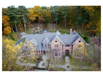 Einfamilienhaus for sales at Magnificent Private Estate 188 Old Connecticut Path Wayland, Massachusetts 01778 Vereinigte Staaten