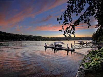 단독 가정 주택 for sales at Big Lake Estate 17958 Cove Lane Mount Vernon, 워싱톤 98282 미국