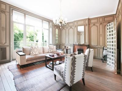 Autre Bien Résidentiel for sales at Maison - Auteuil  Paris, Paris 75116 France