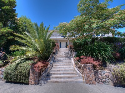 Casa Unifamiliar for sales at New Tiburon Listing With Views 45 Reed Ranch Road Tiburon, California 94920 Estados Unidos