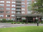 Appartement en copropriété for  sales at 280 Boylston #PH15 Newton 280 Boylston St, Unit PH15 Newton, Massachusetts 02467 États-Unis