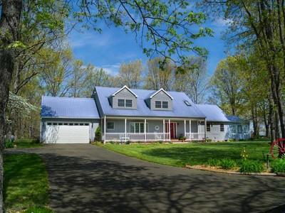 農場 / 牧場 / 種植場 for sales at Blue Haven Farms 729 County Road 3050 Salem, 密蘇里州 65560 美國