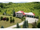Частный односемейный дом for  sales at Spectacular Country Retreat 529648 Osprey Blue Mountains Town Line   Grey Highlands, Онтарио L0M1P0 Канада