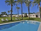 Maison unifamiliale for  sales at Beautiful villa located on the Beachside GOLDEN MILE Marbella, Andalousie 29600 Espagne