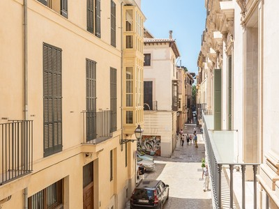 公寓 for sales at Apartment in historic building in the Old Town  Other Balearic Islands, Balearic Islands 07012 西班牙