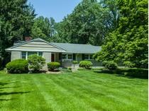 단독 가정 주택 for sales at Proudly Maintained Littlebrook Ranch 774 Kingston Road   Princeton, 뉴저지 08540 미국
