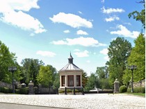 Moradia for sales at Magnificent French Chateau to Be Built    Demarest, Nova Jersey 07627 Estados Unidos