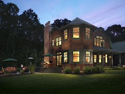 Casa Unifamiliar for sales at 5790C Post Road  Charlestown, Rhode Island 02813 Estados Unidos