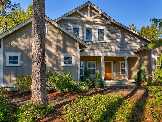 Single Family Home for sales at Alderbrook Golf & Yacht Club 230 E. Michelle Dr. Union, Washington 98592 United States