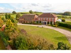 Villa for  sales at Upper Welford House Stratford Upon Avon, Inghilterra Regno Unito