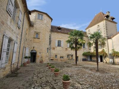 Nhà ở một gia đình for sales at For sale château  Lot et Garonne Other Aquitaine, Aquitaine Pháp