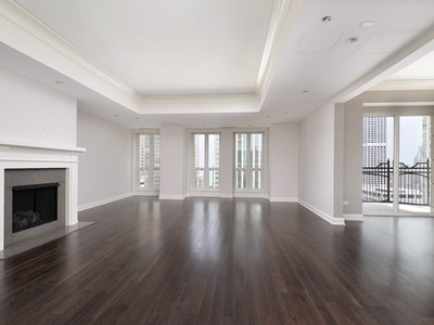 Nhà chung cư for sales at Amazing Home at Waldorf Astoria 11 E Walton Place Unit 3001 Chicago, Illinois 60611 Hoa Kỳ