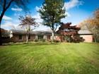 独户住宅 for sales at West Bloomfield 5080 Wallbrook Court   West Bloomfield, 密歇根州 48322 美国