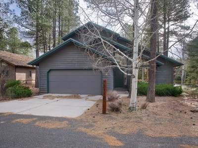 Single Family Home for sales at Delightful Forest Highlands Home 593-2112 Funston Flagstaff, Arizona 86005 United States