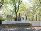 Tek Ailelik Ev for sales at Charming Cottage 143 Roseville Road Westport, Connecticut 06880 Amerika Birleşik Devletleri