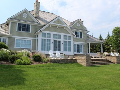 Einfamilienhaus for sales at 3890 Peninsula Drive  Bay Harbor, Michigan 49770 Vereinigte Staaten