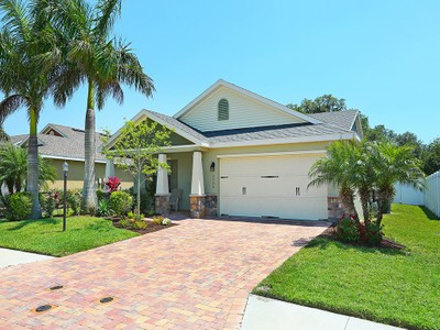 Einfamilienhaus for sales at SARASOTA 3504  72nd Dr  E Sarasota, Florida 34243 Vereinigte Staaten